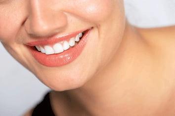 Los hombres ente 30 y 40 años, los pacientes que más recurren a blanqueamientos dentales