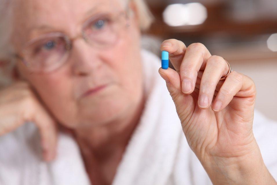 Más del 16% de las personas mayores consume psicofármacos