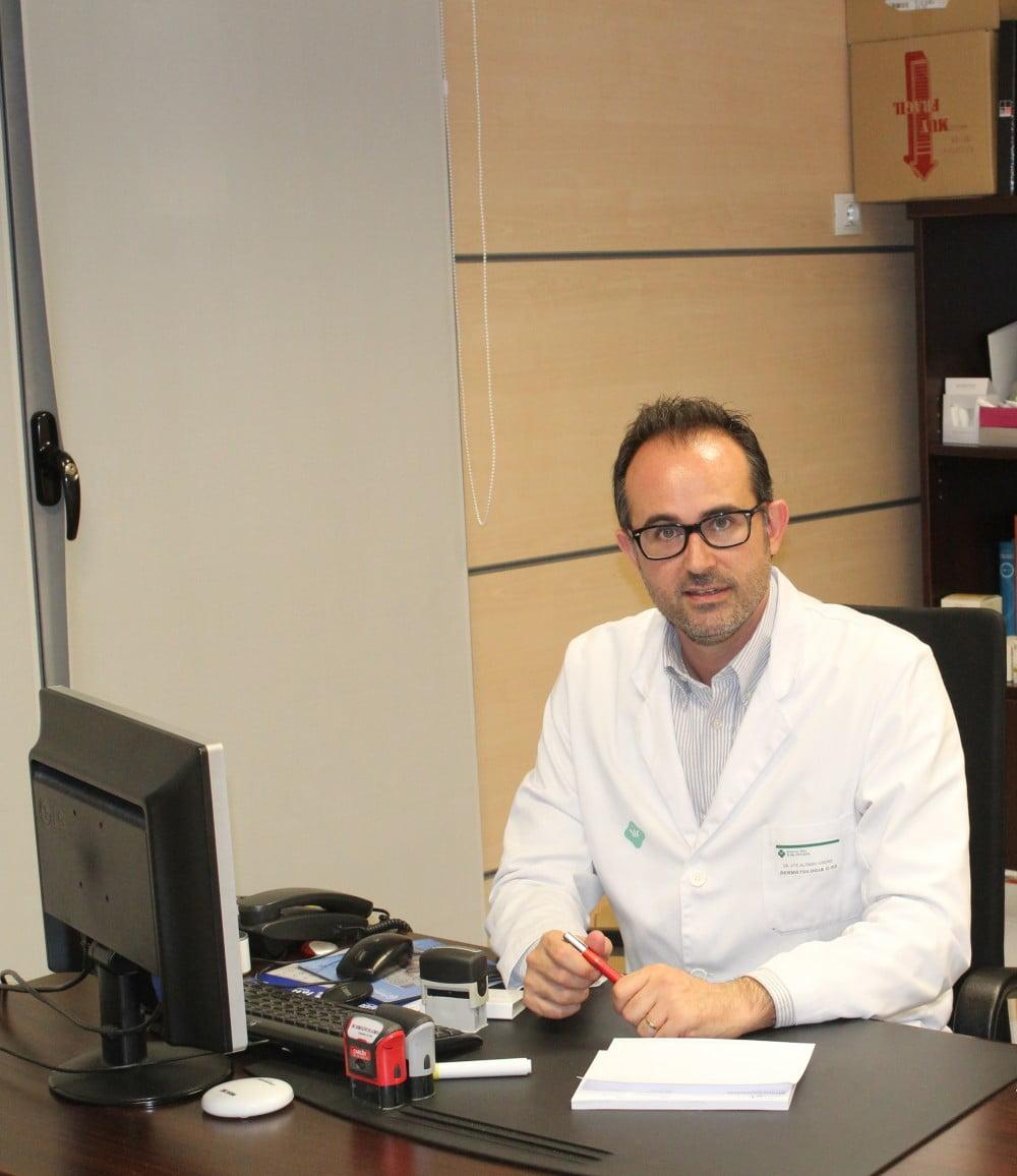 """Dr. Alonso: """"un tratamiento antimanchas incorrecto puede empeorar el problema"""""""
