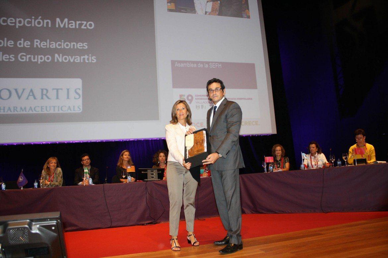 """Novartis recibe el """"Premio Industria"""" de la Sociedad Española de Farmacia Hospitalaria"""