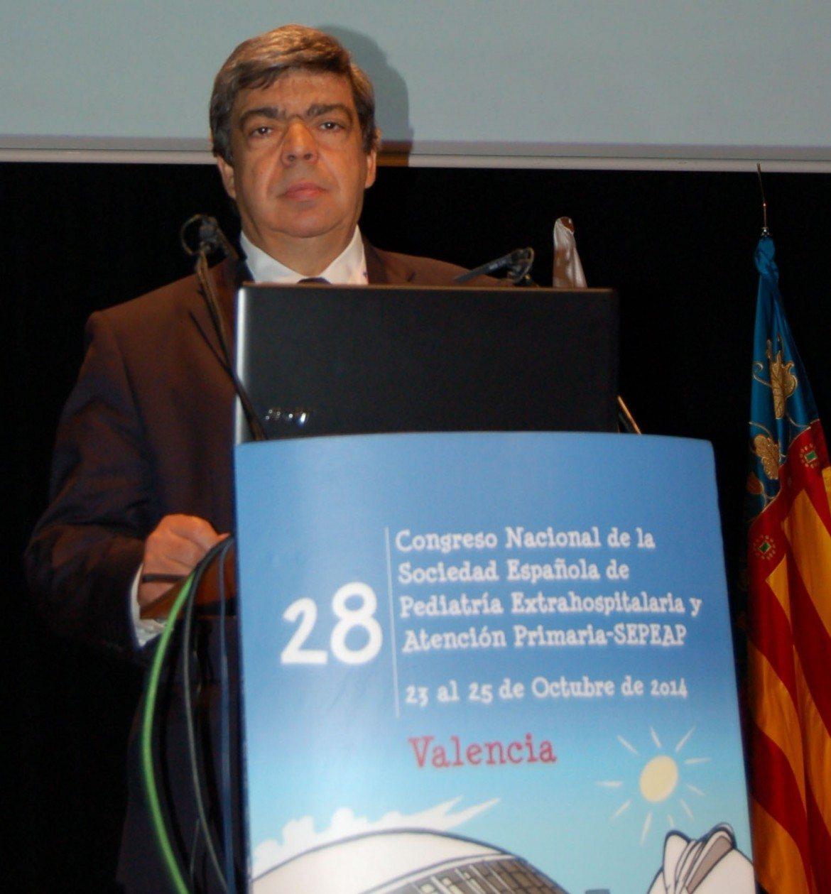 """Profesor Javier Aranceta: """"Una hidratación aducada es esencial en el niño"""""""