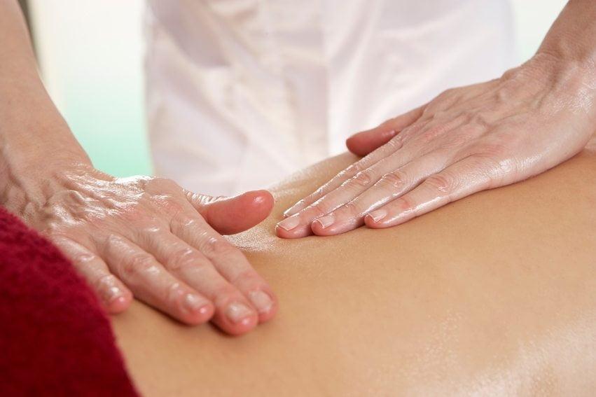 Los fisioterapeutas recuerdan que cuidar la columna favorece una buena calidad de vida