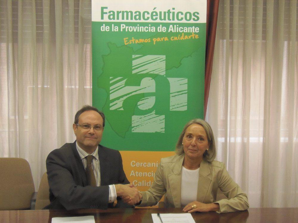 El COF de Alicante y SEFAC firman un acuerdo para impulsar servicios en farmacia