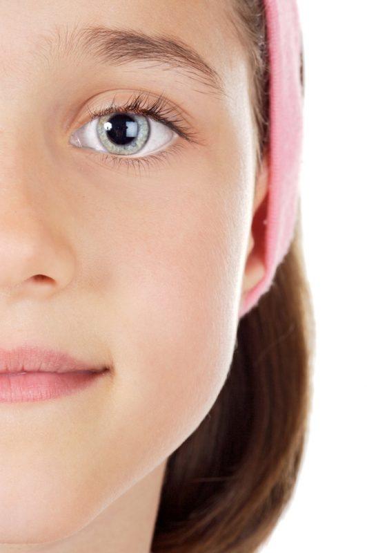 Los niños también pueden sufrir uveítis