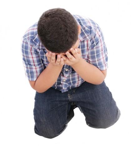 niño bullying acoso llorar