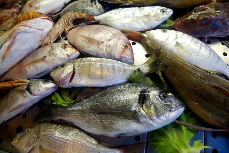 Siete beneficios que ofrece el consumo de pescado