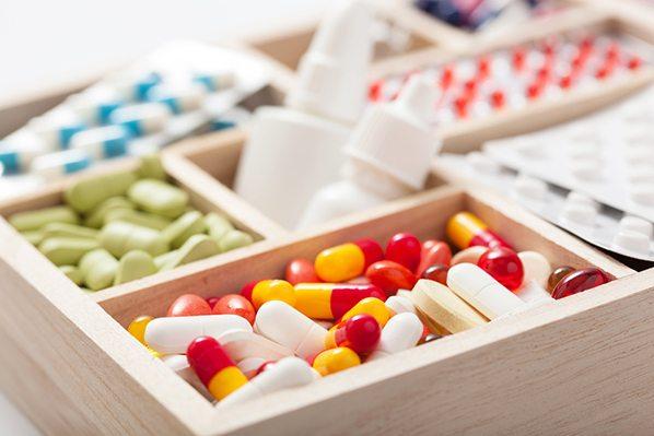 Los farmacéuticos de Tarragona se forman en interacciones de medicamentos