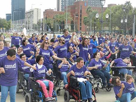 'Flashmob' solidario por la parálisis cerebral