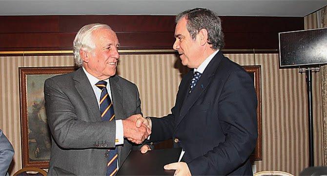 El Convenio Marca España promoverá la proyección internacional del modelo español de farmacia