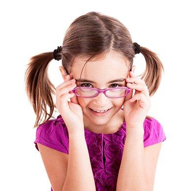El 33% de los niños españoles no puede renovar sus gafas
