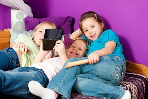 Dispositivos tecnológicos y problemas oculares en niños