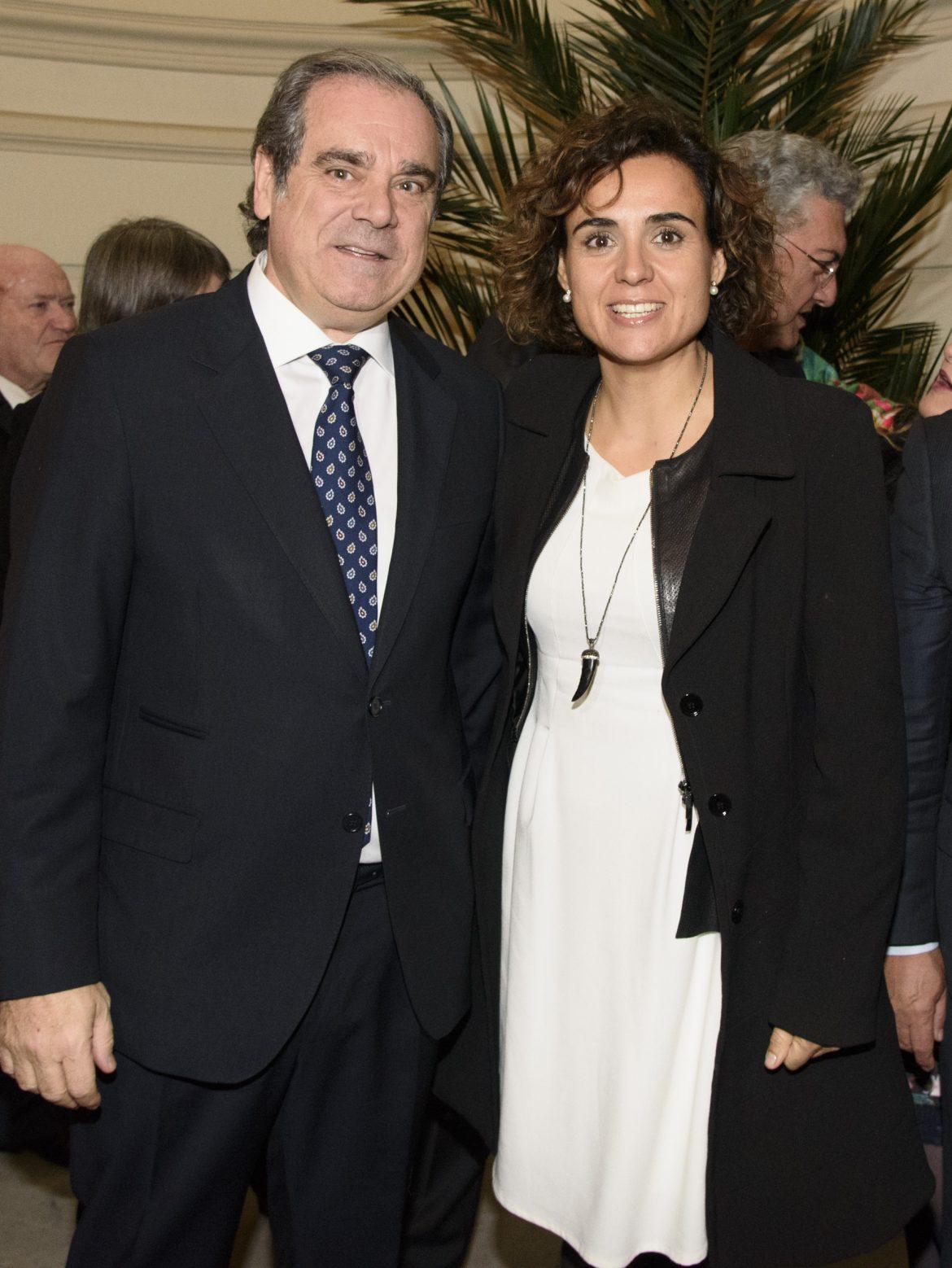 Dolors Montserrat manifiesta su apoyo a la Farmacia Asistencial y al desarrollo de SPF