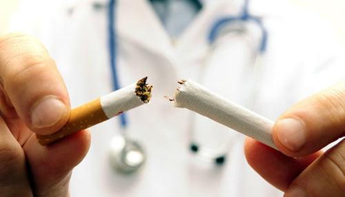 Dejar de fumar, más fácil con ayuda de las farmacias de Sevilla