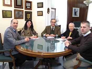 Farmacéuticos de Cádiz y Cruz Roja educarán en hábitos saludables