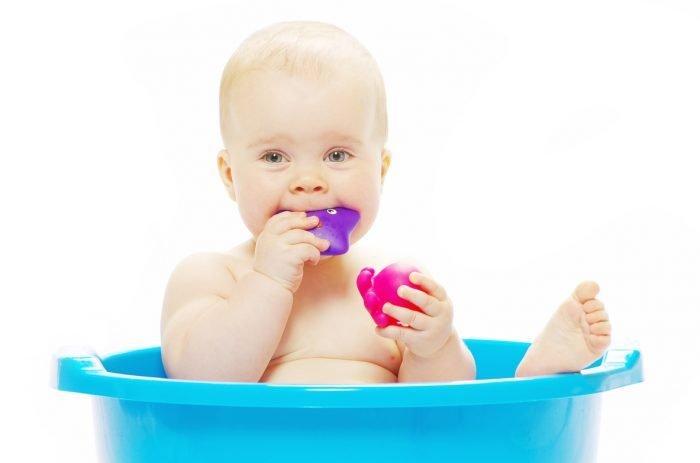 Cómo bañar al bebé: toilette a medida