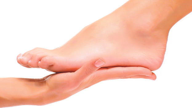 Los pies de las mujeres sometidas a quimioterapia también sufren