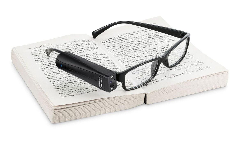 Este dispositivo para ciegos permite leer, reconocer personas o identificar productos