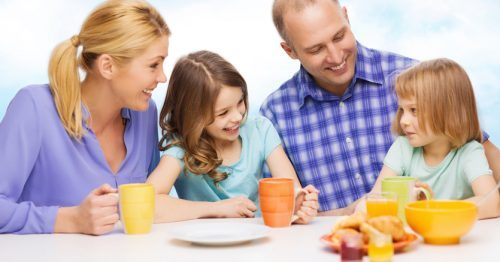 Los nutricionistas, muy críticos con el desayuno de los niños