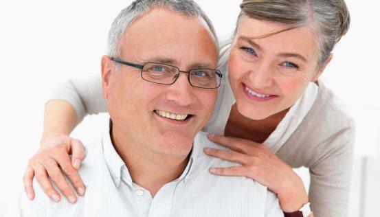 La salud bucal es clave para evitar enfermedades en la tercera edad