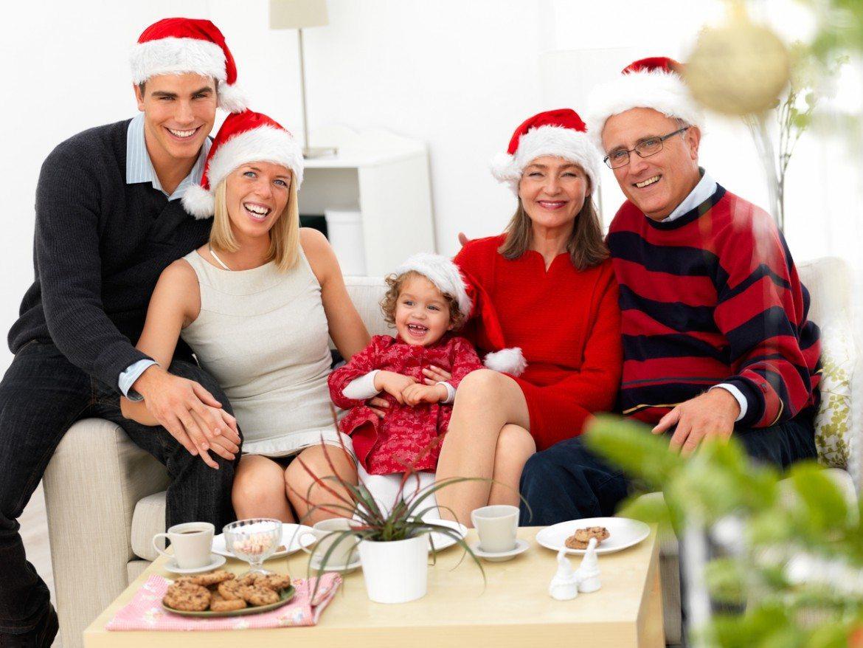 Empachos, resfriados y resacas, dolencias más habituales en Navidad