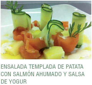 Ensalada templada de patata y salmón ahumado