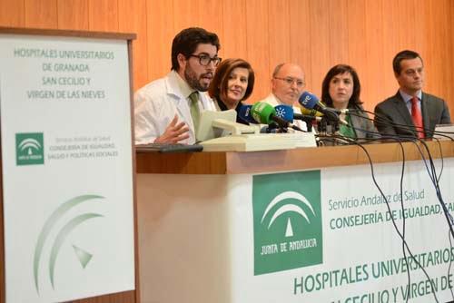 Andalucía implanta la primera córnea artificial en un paciente con una patología grave del ojo