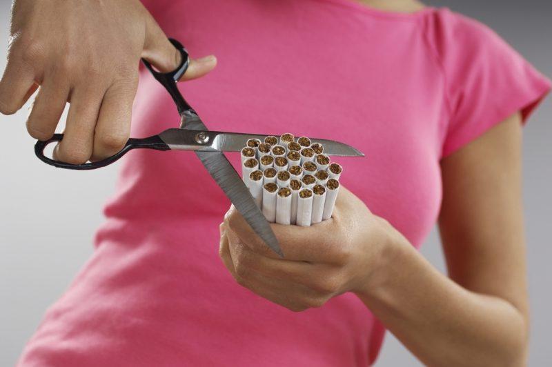 La OMS pide el aumento de impuestos al tabaco para reducir su consumo entre jóvenes