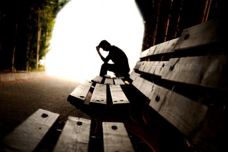 En España se suicidan tres hombres por cada mujer