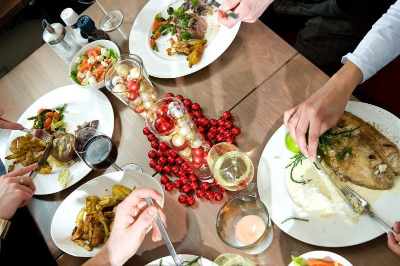 Expertos en hipertensión buscan el menú más saludable en la campaña '¡Qué bien se come en Navidad!'