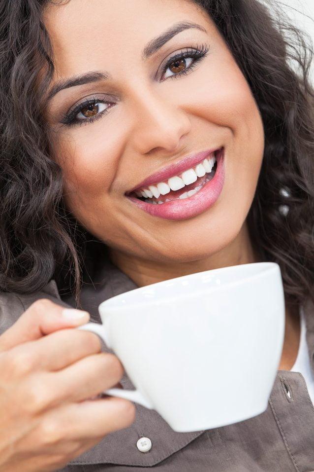 Una dieta inadecuada también perjudica al color de los dientes