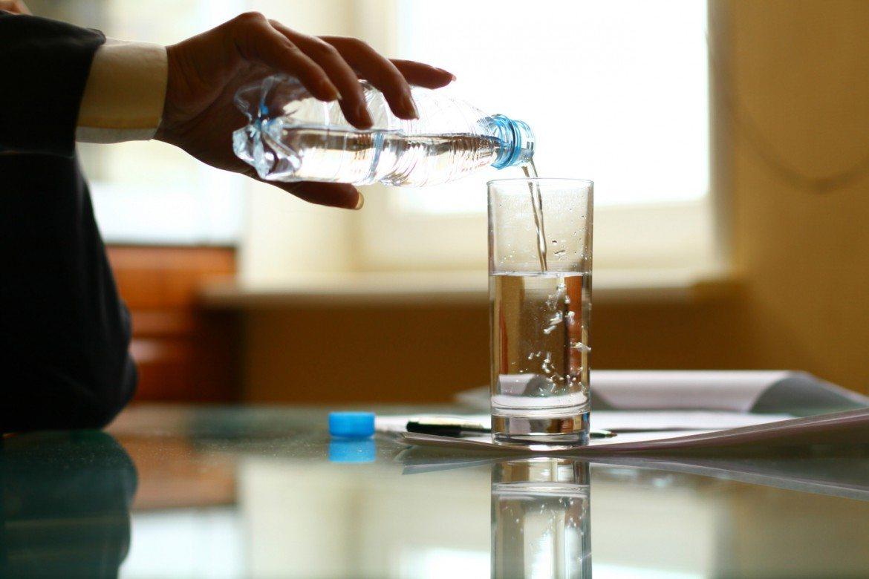 Una escasa ingesta de líquidos puede alterar la actividad cognitiva