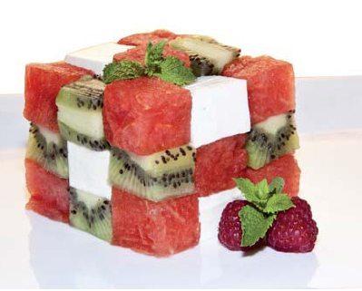 Rubik de fruta y queso fresco