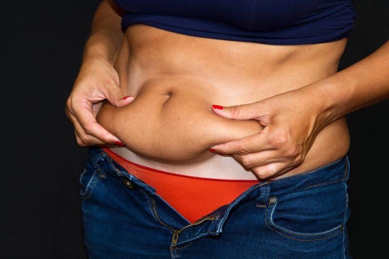 Aumento de senos, liposucción y eliminación de tatuajes, tratamientos estéticos más demandados