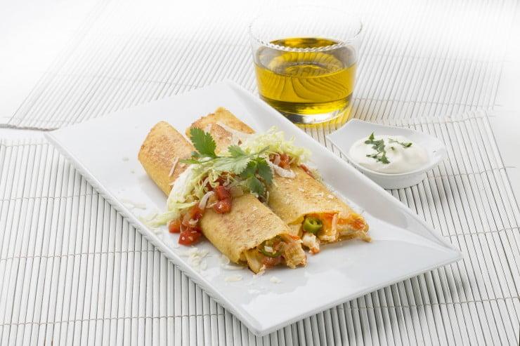 Tacos de pollo y vegetales