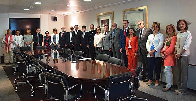 Constituida la sociedad gestora del Sistema Español de Verificación de Medicamentos