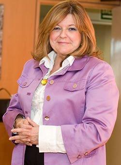Marta García Collía, vicepresidenta de comunicaciones en Biología Clínica de la FIP