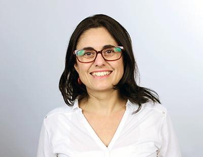 """Laura Carrasco: """"El 80% de los cuidadores de pacientes con párkinson son familiares directos"""""""