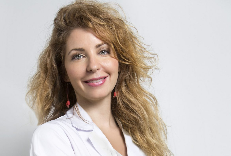 """Doctora Elena González-Guerra: """"la salud del cabello mejora comiendo sano y haciendo ejercicio"""""""