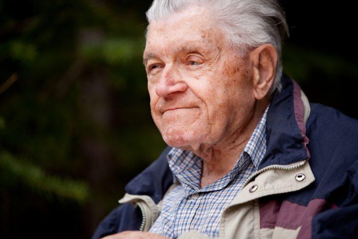 Pacientes muy ancianos con enfermedad cardiovascular, ¿se tratan adecuadamente?