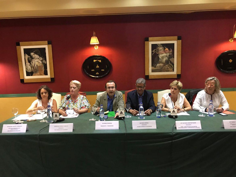 Pacientes andaluces piden acabar con las subastas de medicamentos