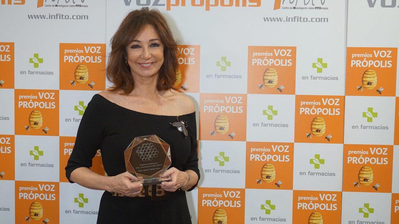 Ruth Lorenzo y Ana Rosa Quintana, Premios Voz Própolis 2017