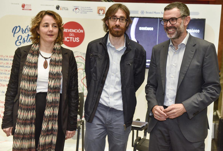 """La campaña """"Próxima estación: prevención del ictus"""" llega a Bilbao"""