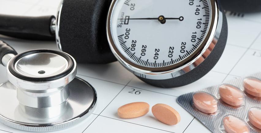 Sanidad retira un centenar de medicamentos contra la hipertensión