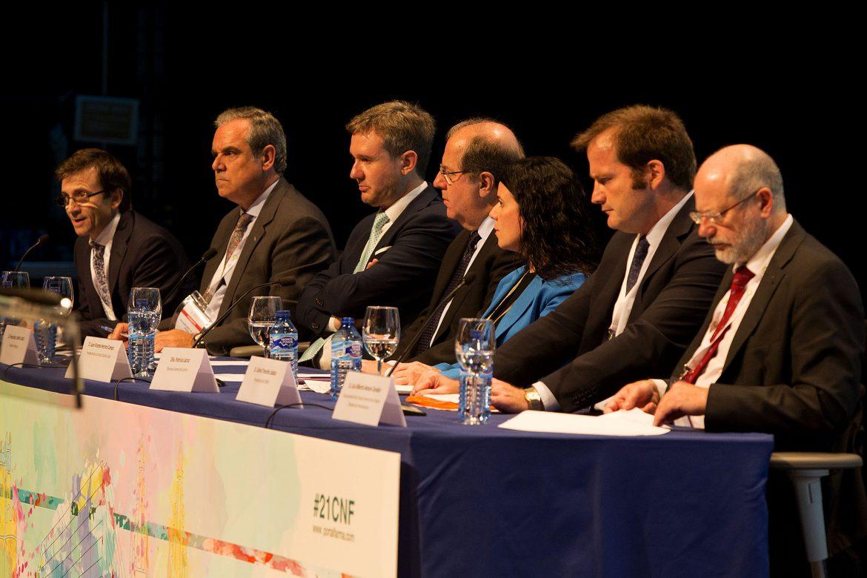"""21 Congreso Nacional Farmacéutico: """"la farmacia española es un modelo de éxito que merece la pena defender"""""""