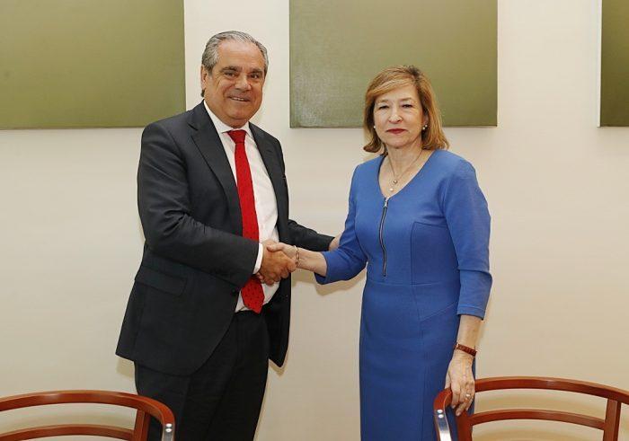 El Banco de España y el Consejo General de Farmacéuticos colaboran para combatir la falsificación
